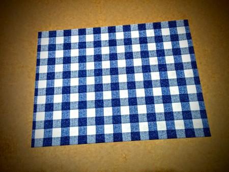 Tovaglietta colazione carta quadrettata blu